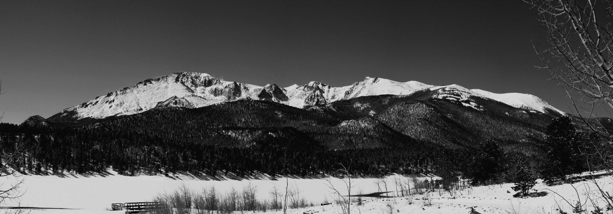 landscape photo of Pikes Peak Mountain